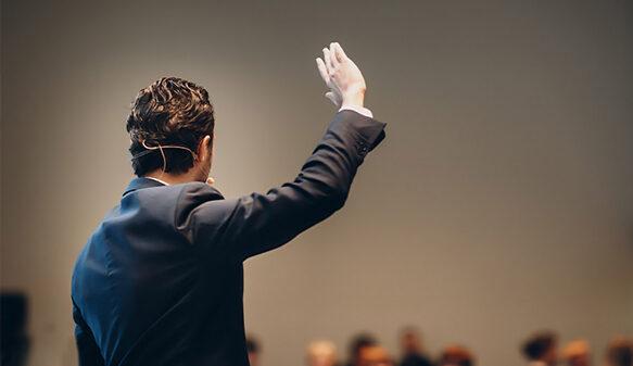 آموزش حرفه ای فن بیان و زبان بدن که شما را به سخنور قهاری تبدیل می کند