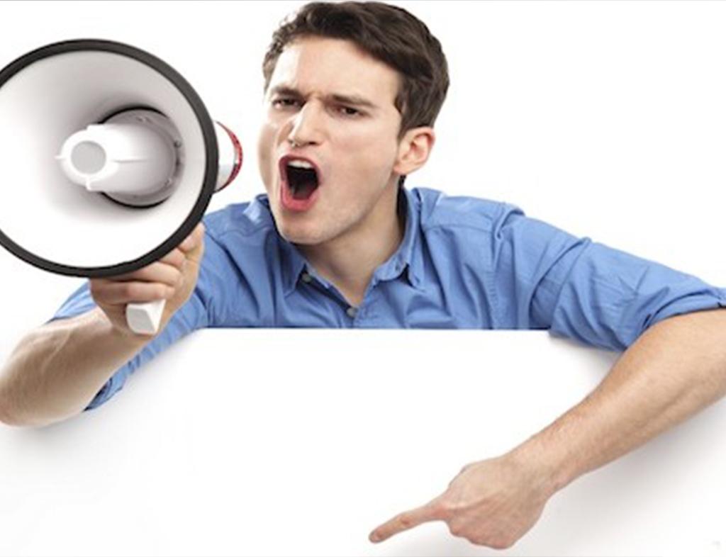 یک ویژگی افراد خودشیفته سوء استفاده از دیگران است.