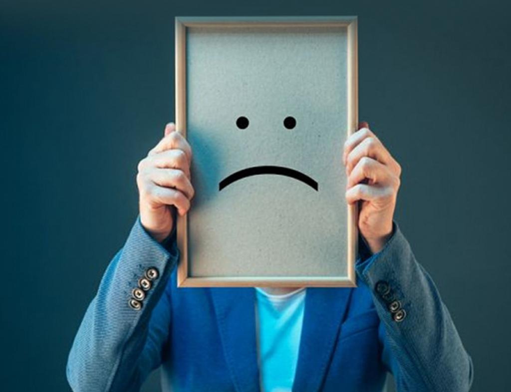 کمبود اعتماد به نفس خانم ها ریشه در چه چیزی دارد؟