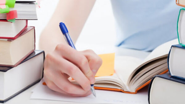 تاثیر اعتماد به نفس در یادگیری | کلاس های تقویتی را تعطیل کنید