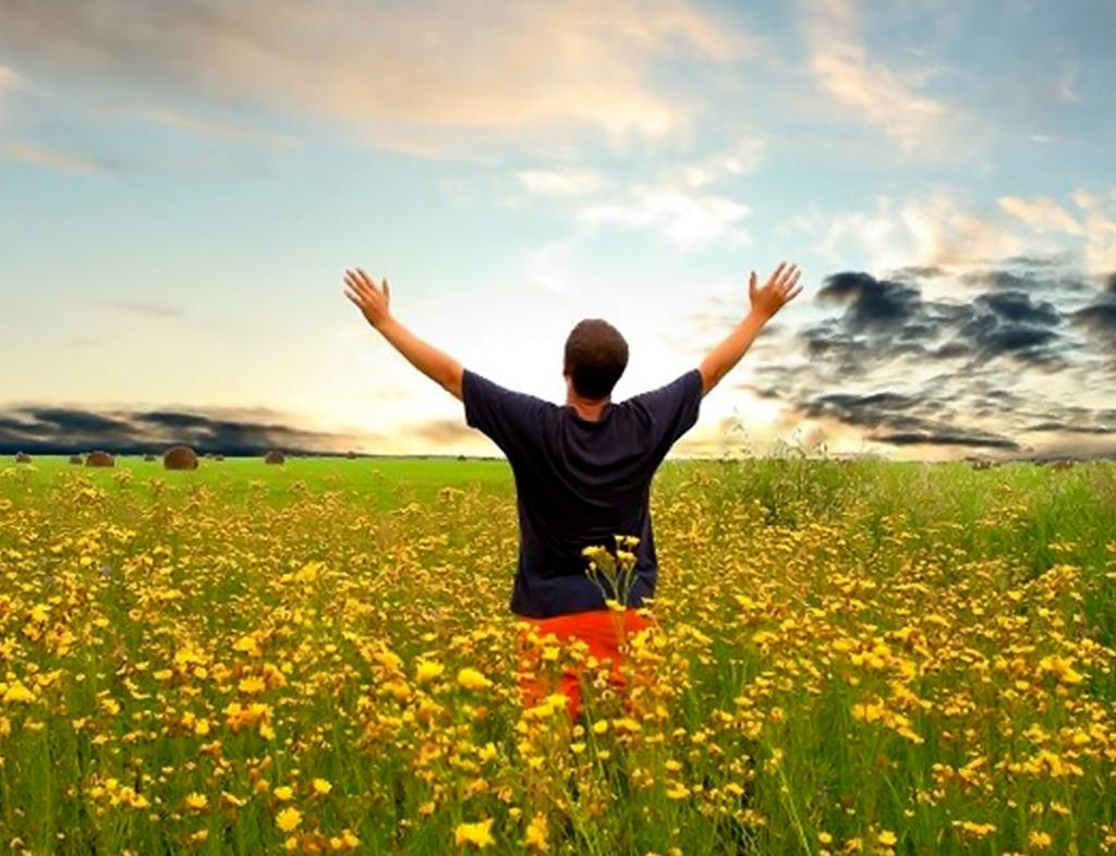 خوشبختی چیست و چطور میتوان به آن دست پیدا کرد؟