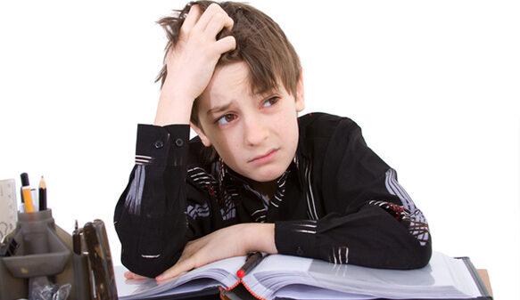 رابطه استرس با افت تحصیلی چیست؟ چطور درمانش کنیم؟