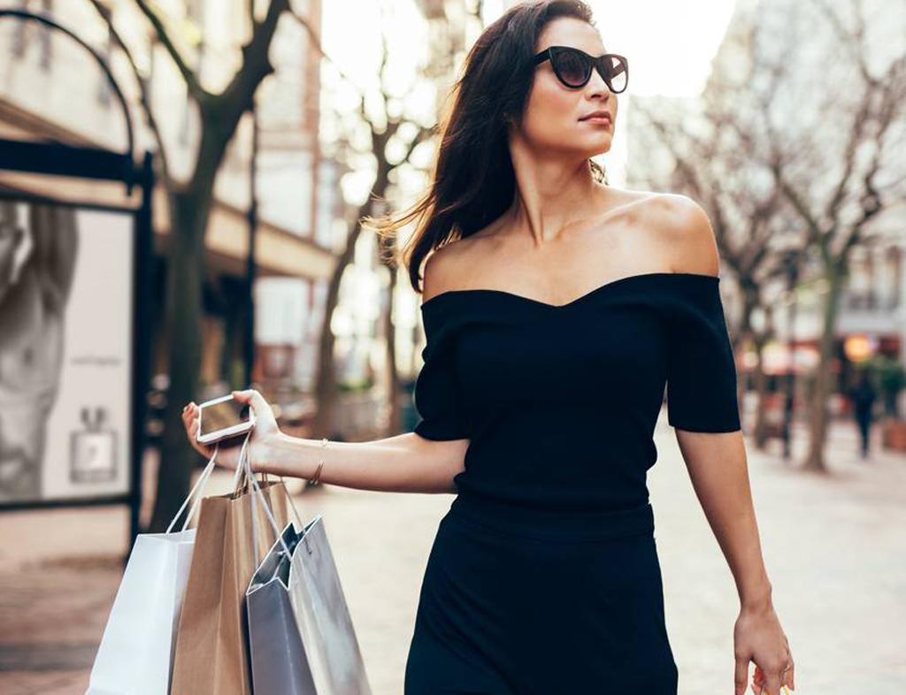 زنان خودساخته براحتی خود را می بخشند