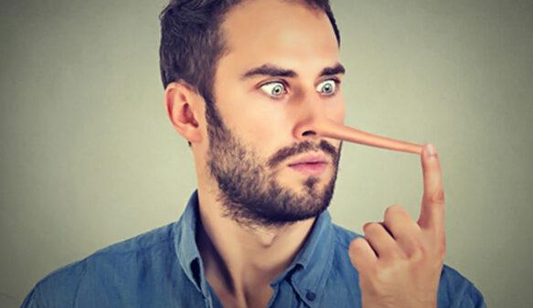 زبان بدن افراد دروغگو | حرکاتی که افراد دروغگو را لو می دهد