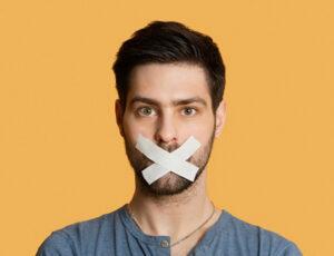 سخنان بزرگان درمورد کم حرف زدن را بشنوید
