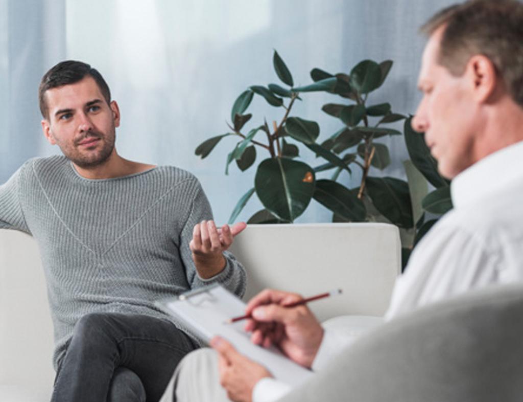 گروه دیگری از روانشناسان معتقدند شخصیت شناسی باید براساس تعاملات فرد با محیط انجام شود.