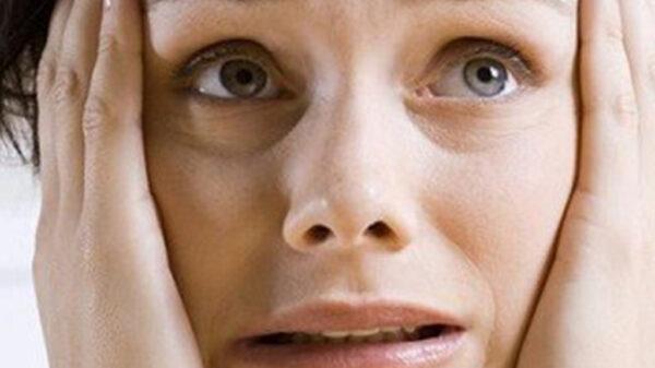 علائم فیزیکی اضطراب شدید چیست؟ با بدن خود چه میکنیم؟