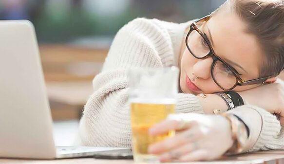 علت خستگی و بی حوصلگی در زنان چیست؟