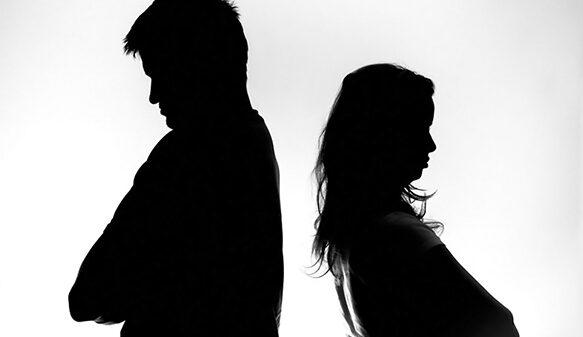 نبود عشق در زندگی مشترک ؛ نشانههایی که زنگ خطر را به صدا درمیآورند