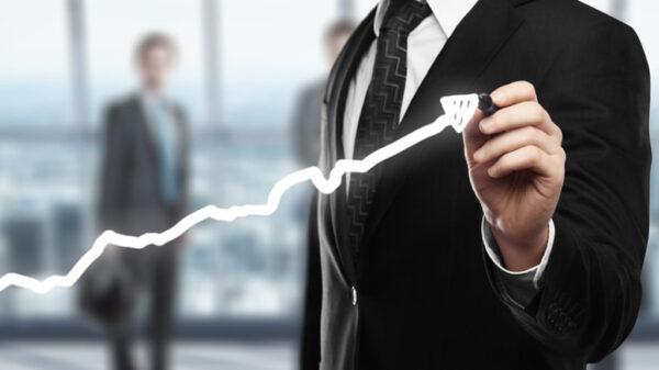 پیشرفت شغلی چیست؟ عوامل موثر در پیشرفت شغلی را میشناسید؟