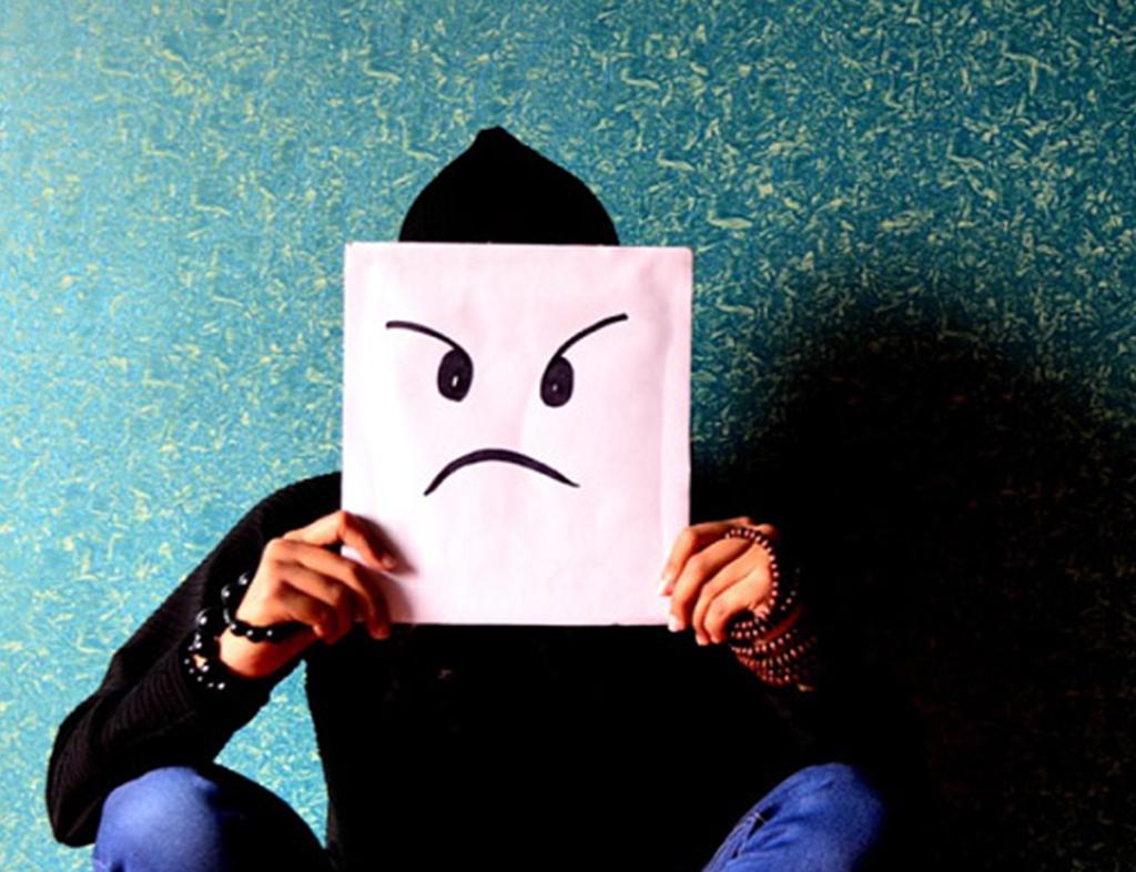 یکی از دلایل بدبینی از دوست داشت افراطی دیگران نشات می گیرد.