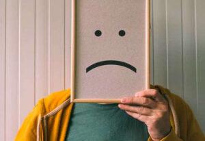 چگونه یک فرد افسرده را شاد کنیم؟ 