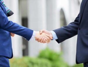 12 استراتژی مذاکره رقابتی برای رسیدن به سود بیشتر