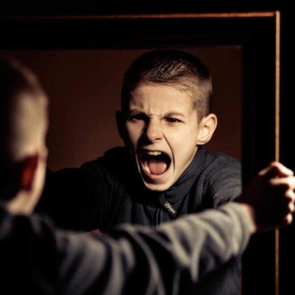 چگونه می توان افکار و احساسات را کنترل کرد؟