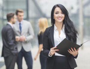خصوصیات زنان موفق چیست؟ تفاوتشان با دیگران چیست؟