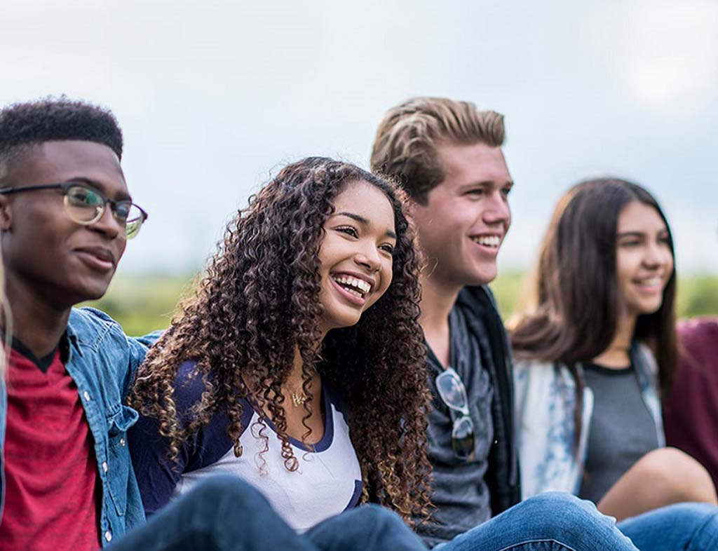 چگونه اجتماعی باشیم و دوست پیدا کنیم