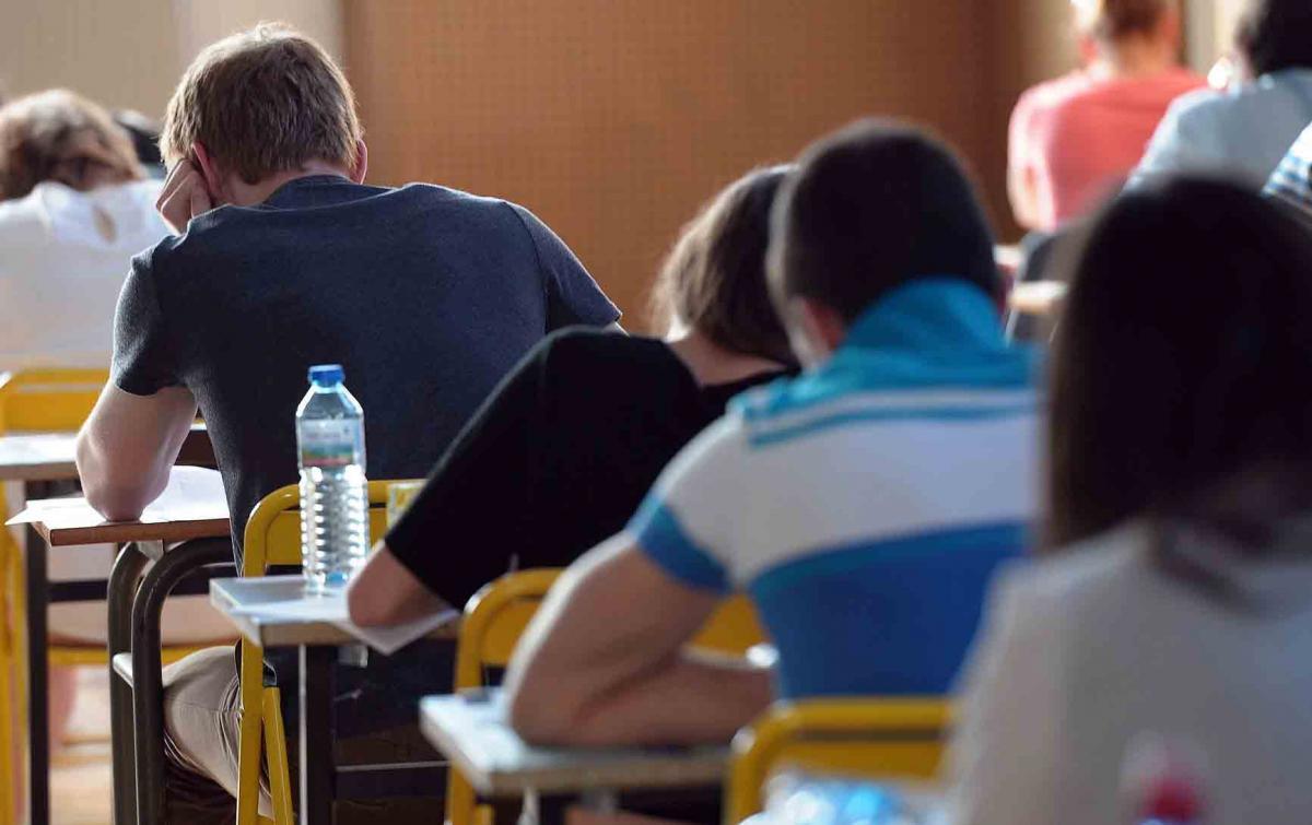 چطور میتونیم نمره های بالاتری در امتحانات بگیریم؟