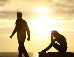 6 راهکار بی نظیر برای فرموش کردن رابطه عاطفی