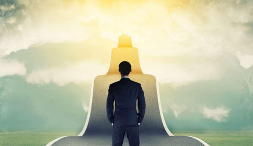 یکی از قدم های مهم برای دستیابی به موفقیت تغییر عادات در زندگی است.