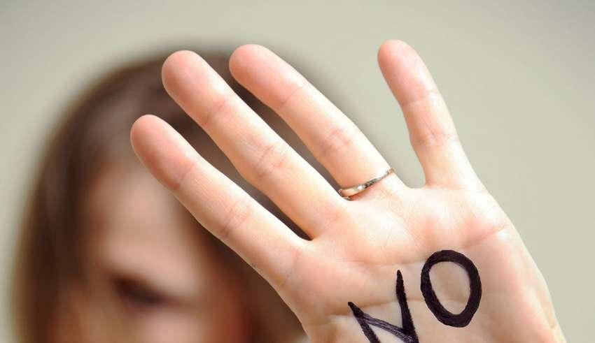 چگونه با نه گفتن خودمان را نجات دهیم؟