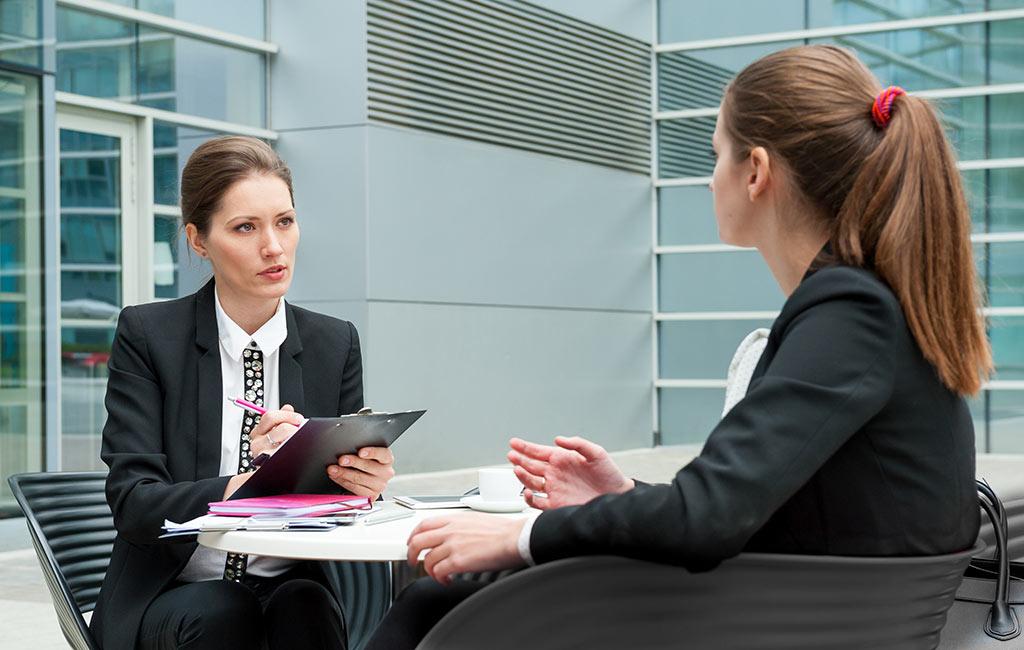 جادوی زبان بدن در مصاحبه شغلی و مذاکره