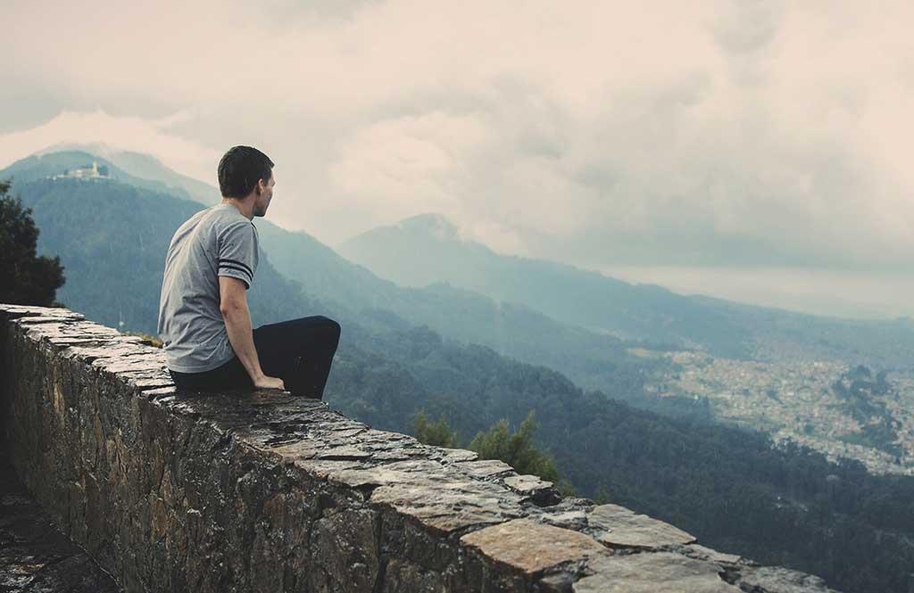 گوشه گیر شدن باعث بروز چه مشکلاتی در شخصیتمان خواهد شد؟