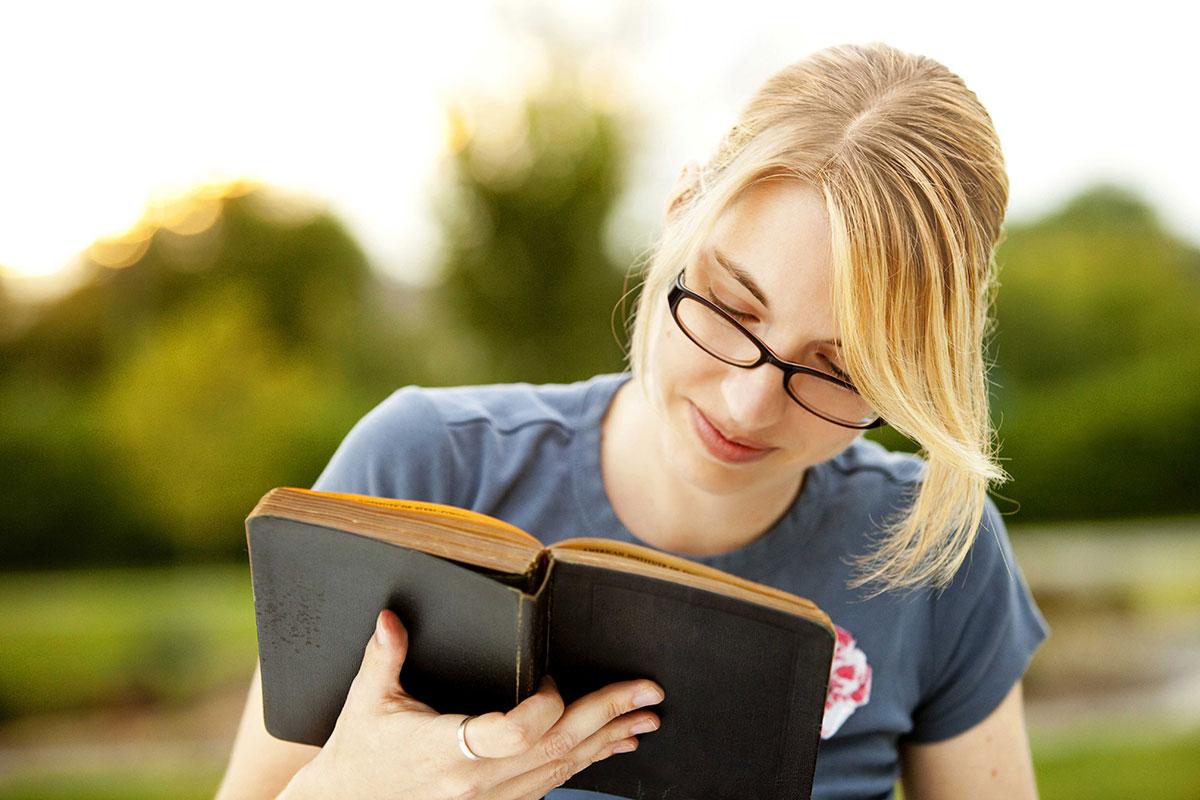 چگونه سریعتر بخوانیم؟