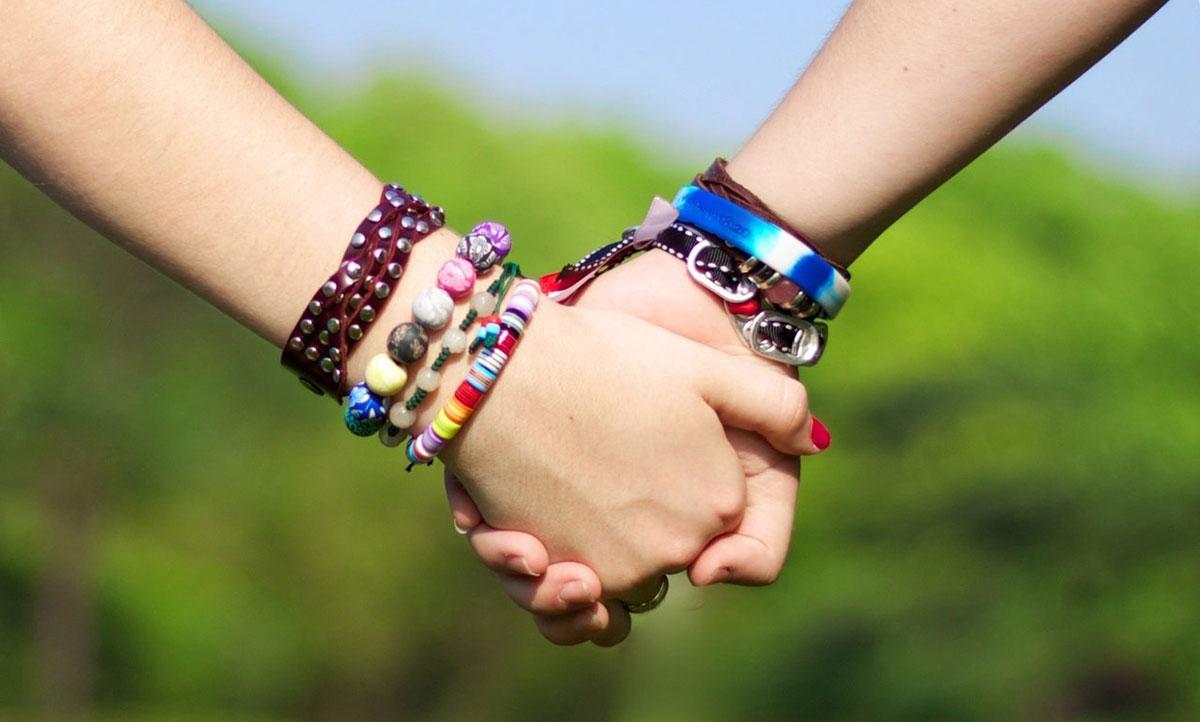 چگونه بهترین دوست خود و دیگران باشیم و روابطمان را بهبود دهیم؟
