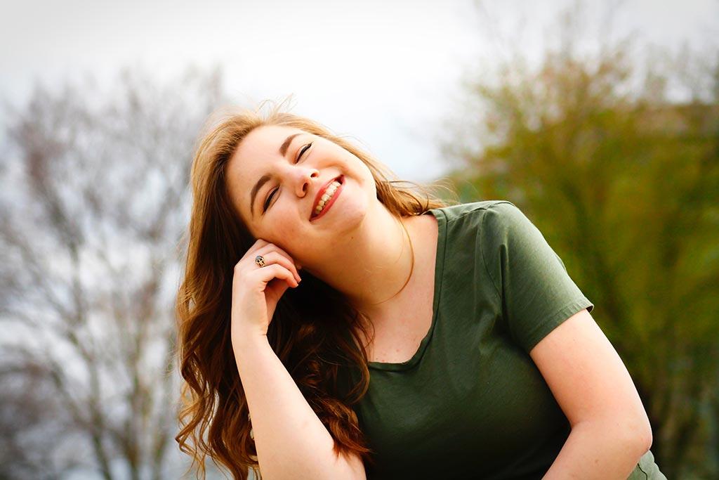 شاد بودن در زندگی با چه روشی به دست می آید؟