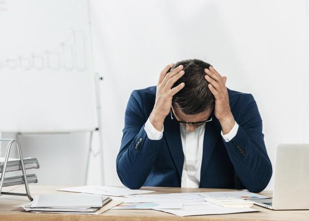 یک راه برای مقابله با استرس و اضطراب کشیدن نفس های عمیق است