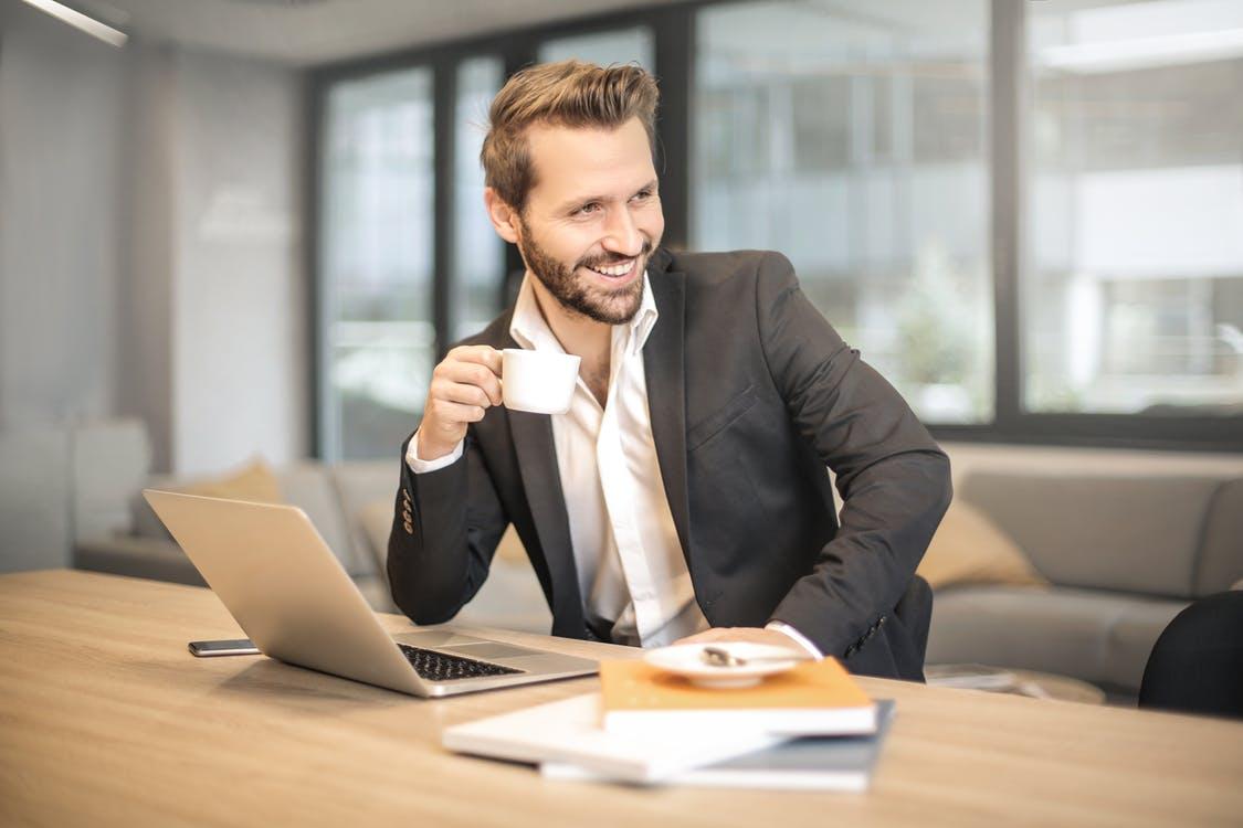 متخصص انگیزه دادن به کارمنداتون بشید