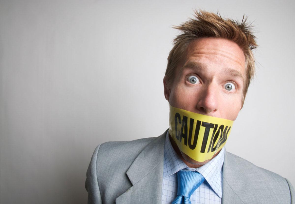 9 واژه ای که هرگز نباید در مکالمات تان به کار ببرید
